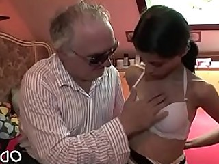 Amateur Blowjob Big Cock Fuck Hardcore Kitty Little Old and Young