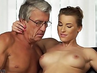 Blowjob Daddy HD Licking Mature Old and Young Pool Teen