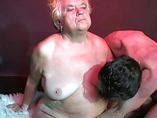 Amateur BBW Granny Hairy Hot Mature Threesome